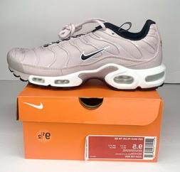 Nike Air Max Plus TN SE Athletic Running Shoes Rose Gold Whi